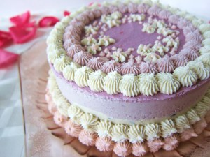 http://fragrantvanillacake.blogspot.mx/2012/07/raw-pretty-in-pink-birthday-cheesecake.html